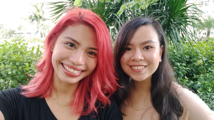 Selfies with minimal beauty mode on the ASUS Zenfone 4 Selfie