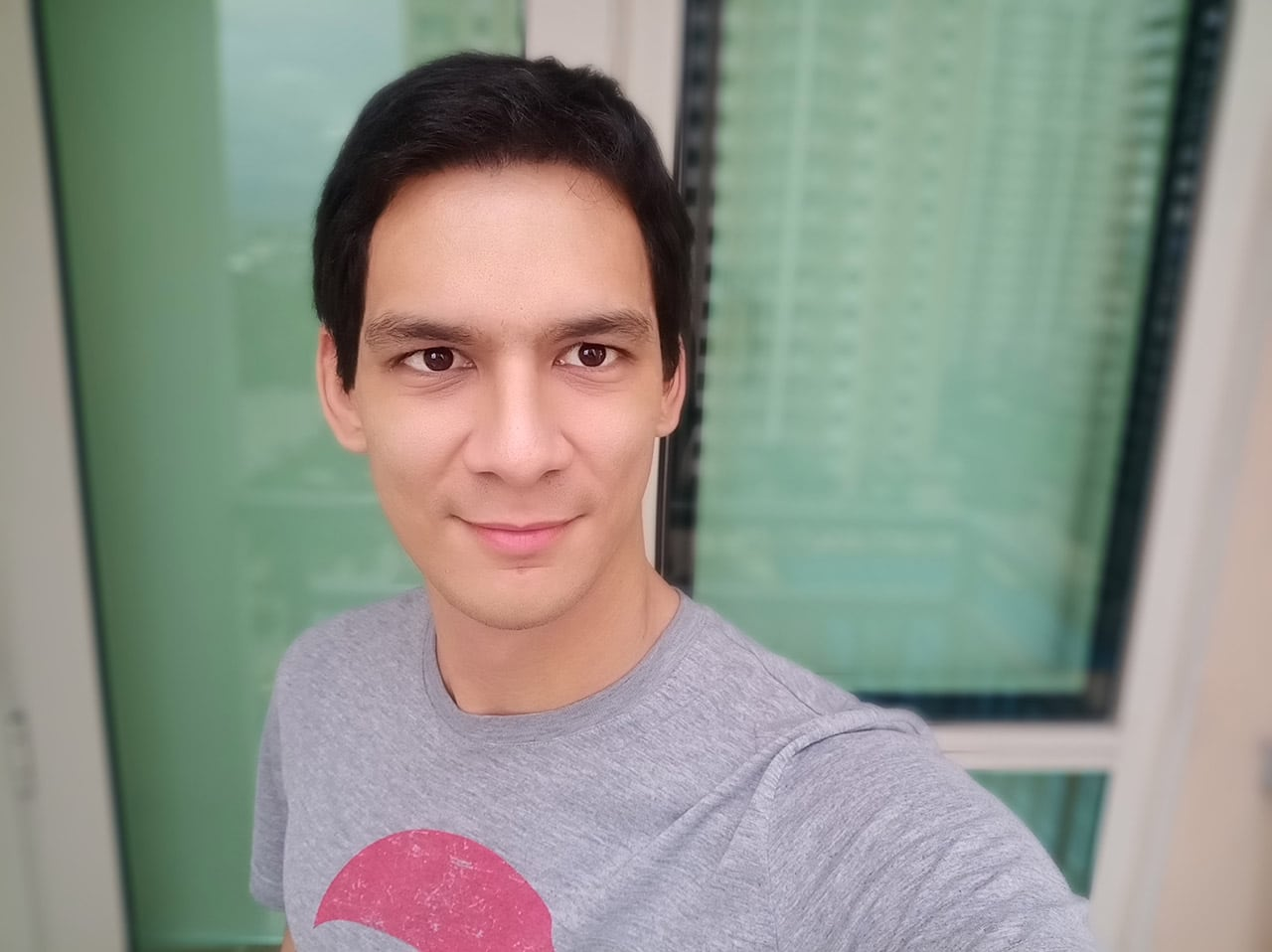 Sforum - Trang thông tin công nghệ mới nhất GadgetMatch-OPPO-F5-sample-photo-20171026-5 Trên tay chuyên gia selfie Oppo F5: Màn hình 18:9 viền mỏng, camera selfie 20MP, camera chính f/1.8