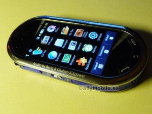 normal_samsung-m7600-big-2