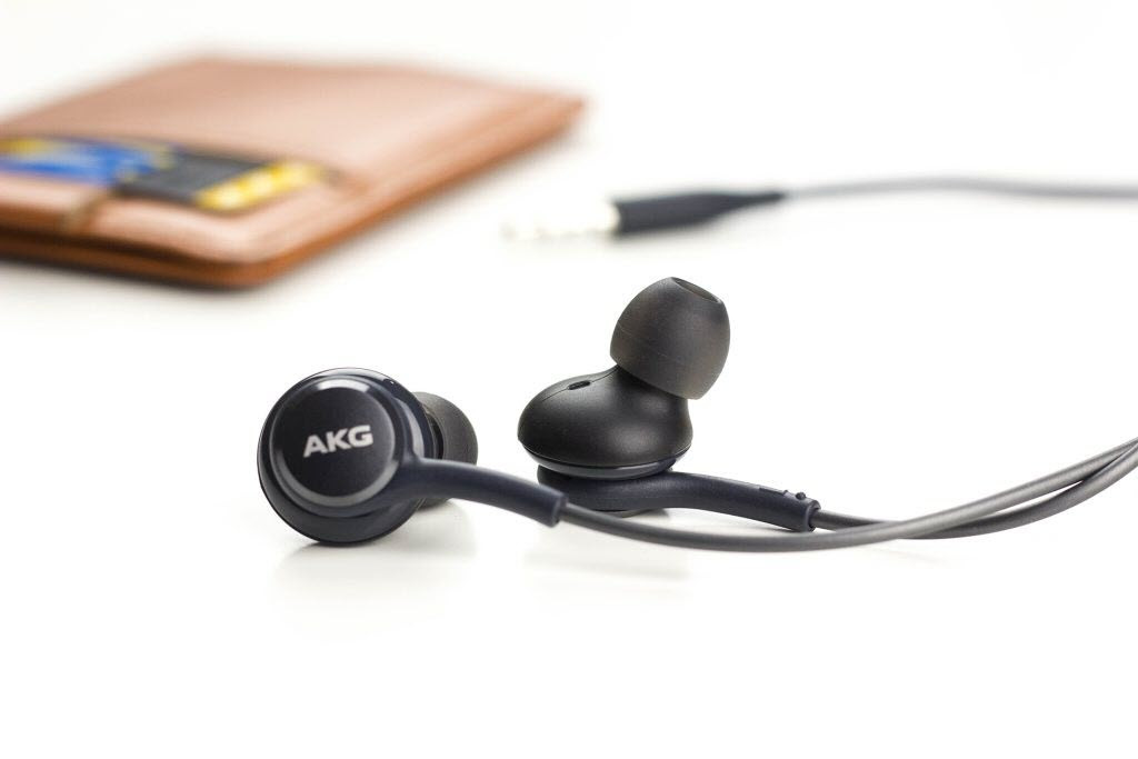 Genuine Akg In Ear Headphone (6)