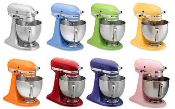 Los robots de cocina Kitchen Aid Artisan están en muchos colores.