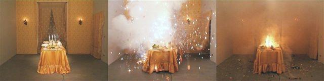 Loredana Longo 2006, explosion#8 sweets, installazione video, courtesy Francesco Pantaleone, Palermo