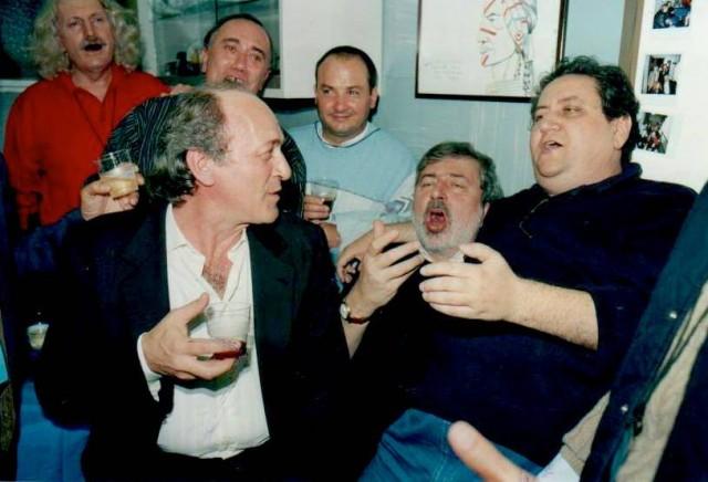 Mimmo Locasciulli con Francesco Guccini e il giornalista Rai Vincenzo Mollica