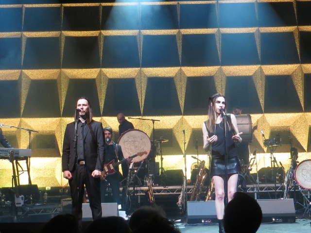 PJ Harvey con Enrico Gabrielli dei Calibro 35