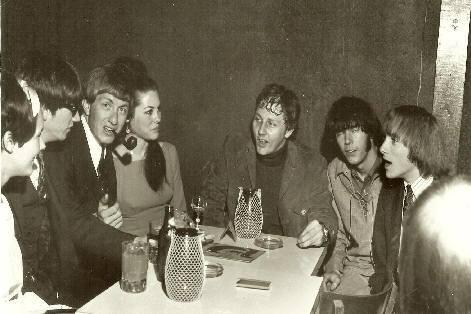 Bob Lind con i Buffalo Springfield nel 1967 – Neil Young e Stephen Stills sulla destra...