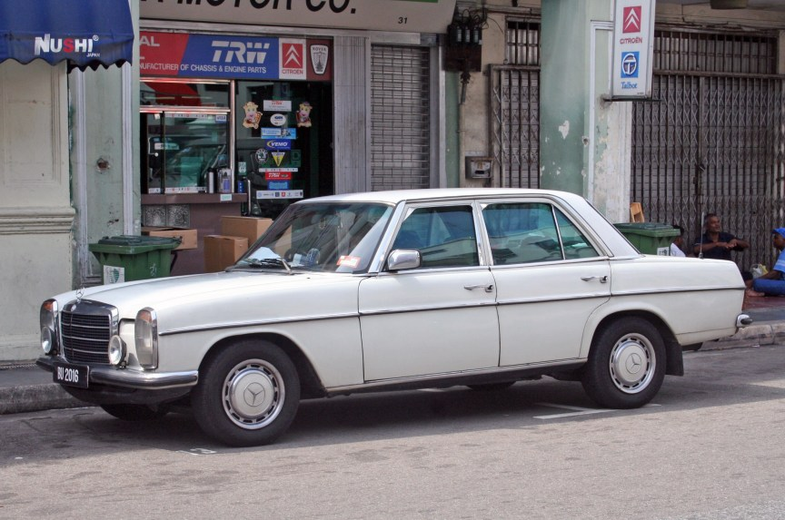 Mercedes - vetaturfumare via Flickr (CC BY-SA 2.0)