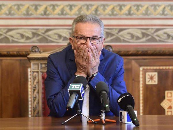 """Tangenti a Legnano, decapitata la giunta. Salvini ha """"fiducia"""""""