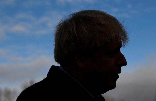 Vince Johnson, lo scioglimento dell'Impero Britannico nell'epoca dei Guitti al potere