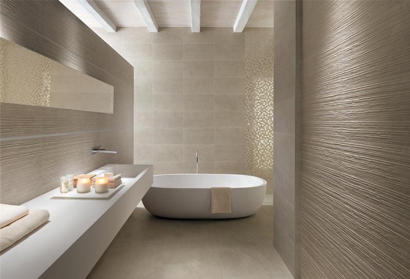 Scegliere i rivestimenti bagno: 10 idee per abbinare i materiali nel