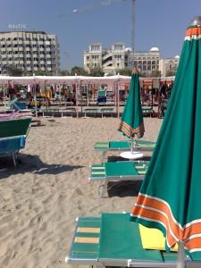 Italien - Adria - Riccione: Strandspaziergang