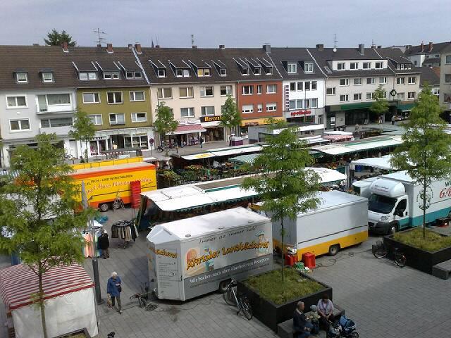 Wochenmarkt Köln Rodenkirchen Maternusplatz einkaufen