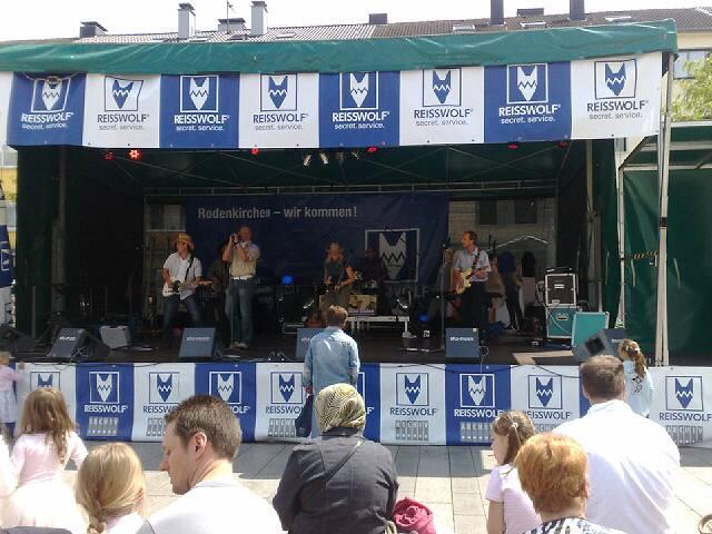 So 21.06.2009 14:27 Köln Rodenkirchen Strassenfest Bühnenprogramm