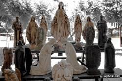 Hl. Maria, Statue