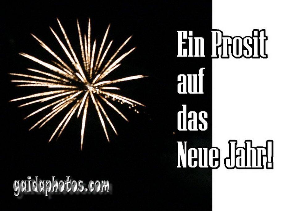 Neujahrskarte mit Feuerwerk
