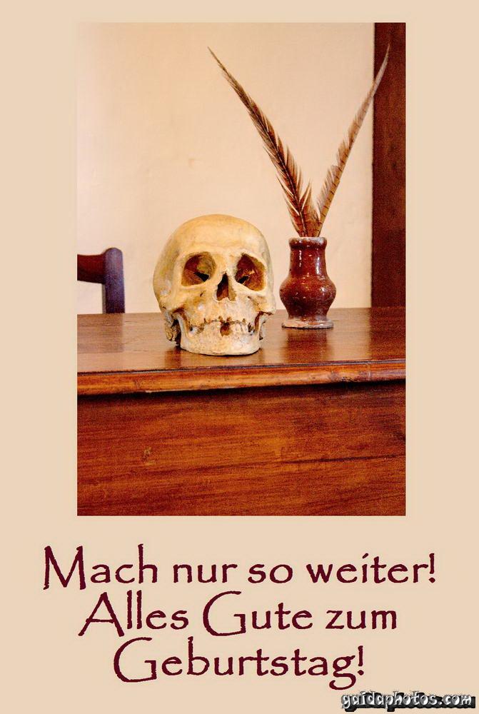 lustige Geburtstagskarte, Totenkopf