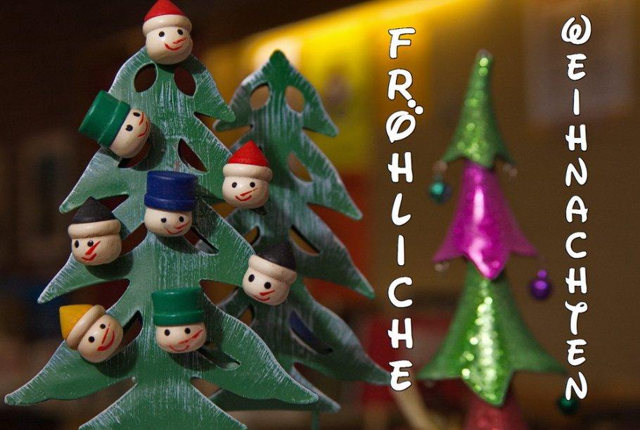 Fröhliche Weihnachten Karte mit Weihnachtsbaum