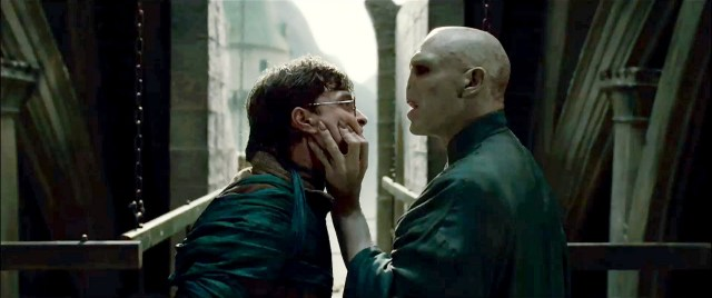 """Video: Voldemort le canta """"Uptown Funk"""" a Harry Potter"""