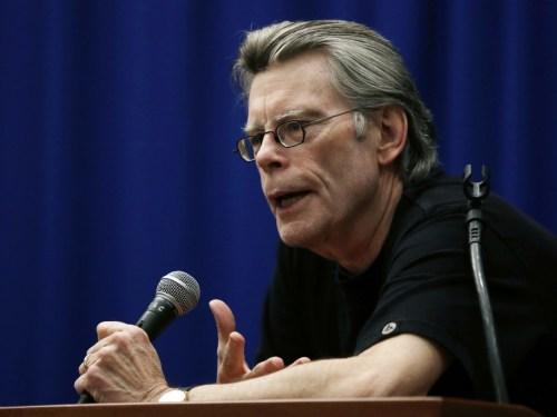 """""""Carrie"""" enterrada en el """"Cementerio de animales"""" por culpa de """"Eso"""": Stephen King y sus adaptaciones al cine"""