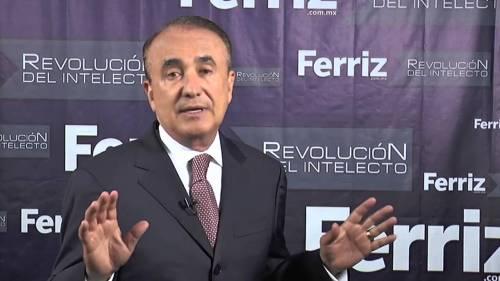 Video: Asaltan a Pedro Ferriz de Con en calles del DF