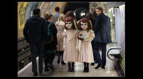 Video: Muñecas victorianas aterrorizan Londres