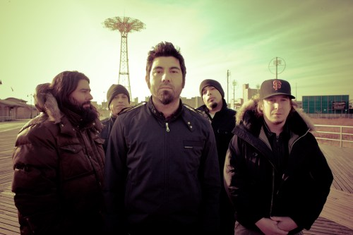 """Prayers/Triangles"", nueva canción de Deftones"