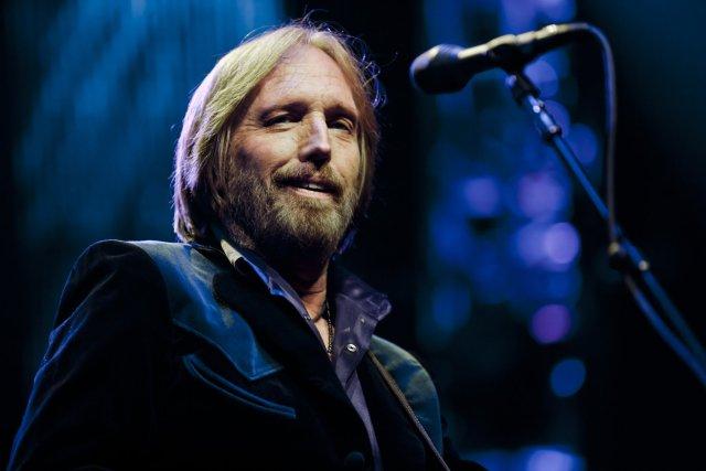 Policía de Los Ángeles se retracta y desmiente muerte de Tom Petty