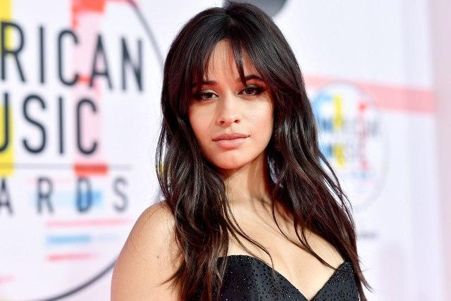 Ponle play: discos nuevos de Camila Cabello, Omni y Marcos Menchaca