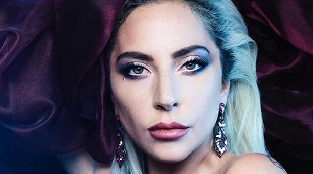 Ponle play: discos nuevos de Joan as a Police Woman, Lady Gaga y Hinds