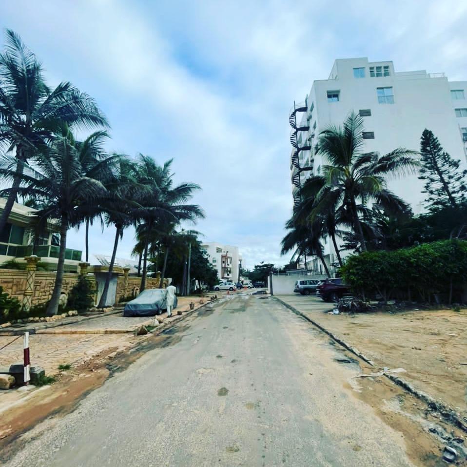 Terrain a vendre aux Almadie Dakar en 2ème position de la route du king Fahd palace