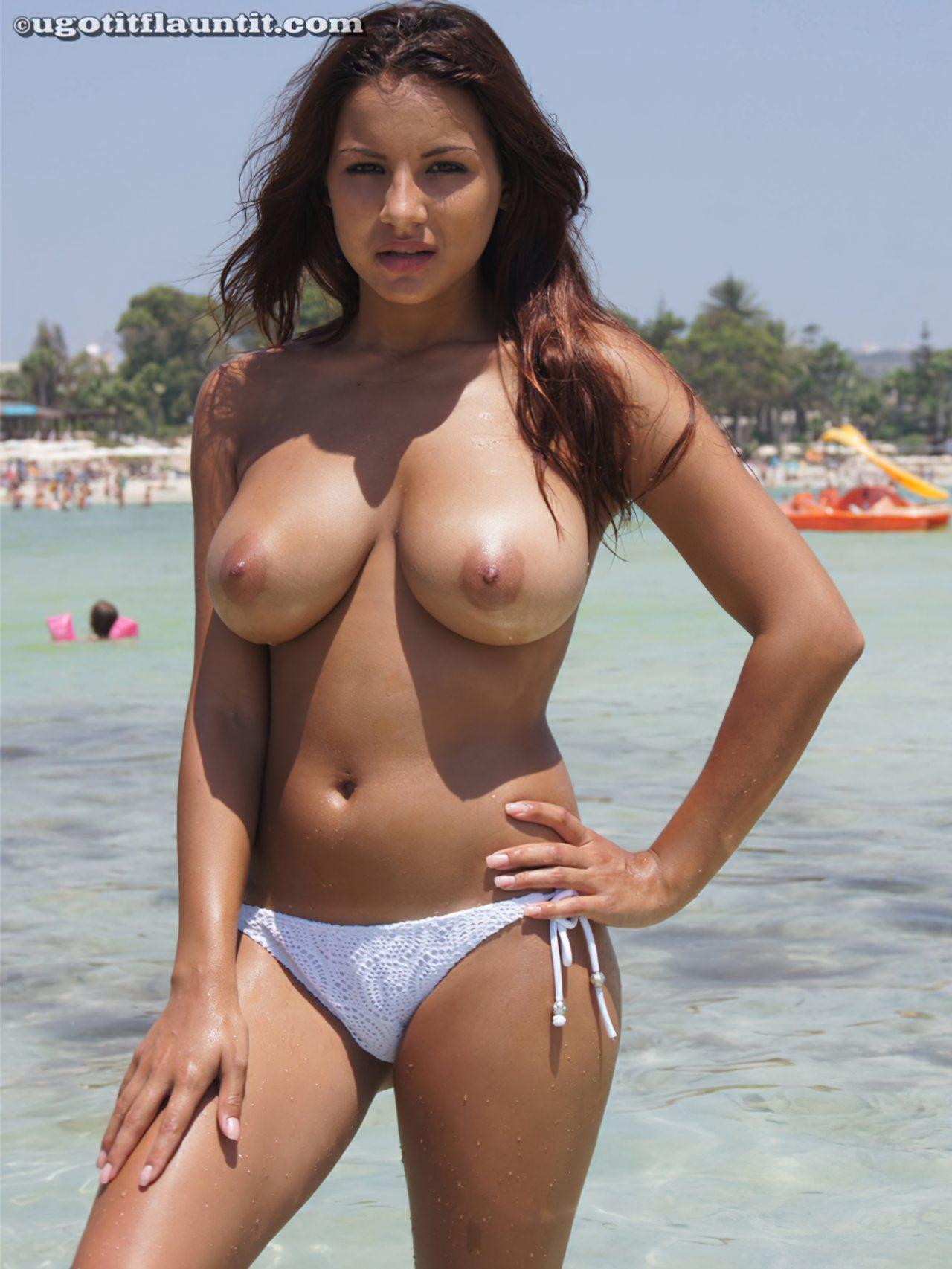 Lacey Banghard Nua (26)