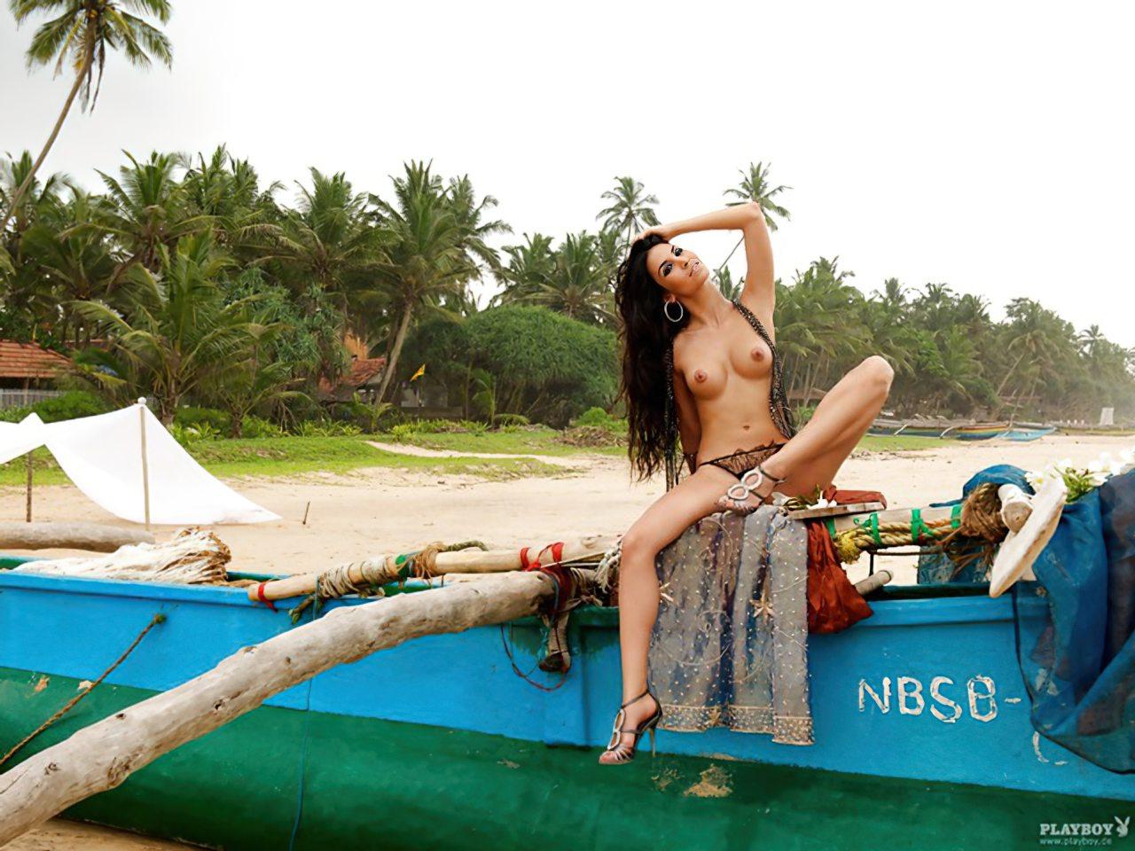 Sila Sahin Playboy (11)