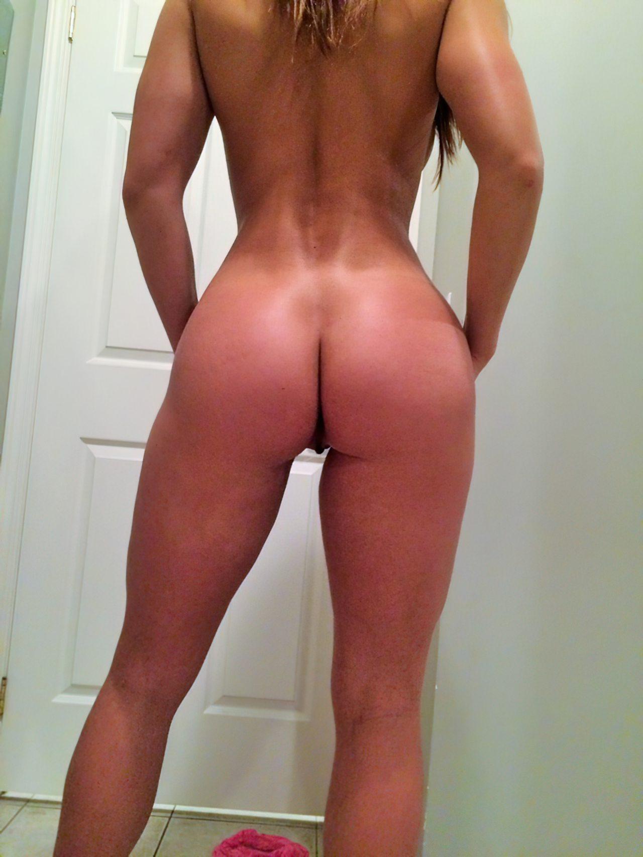 Gaja Boa Striptease (14)