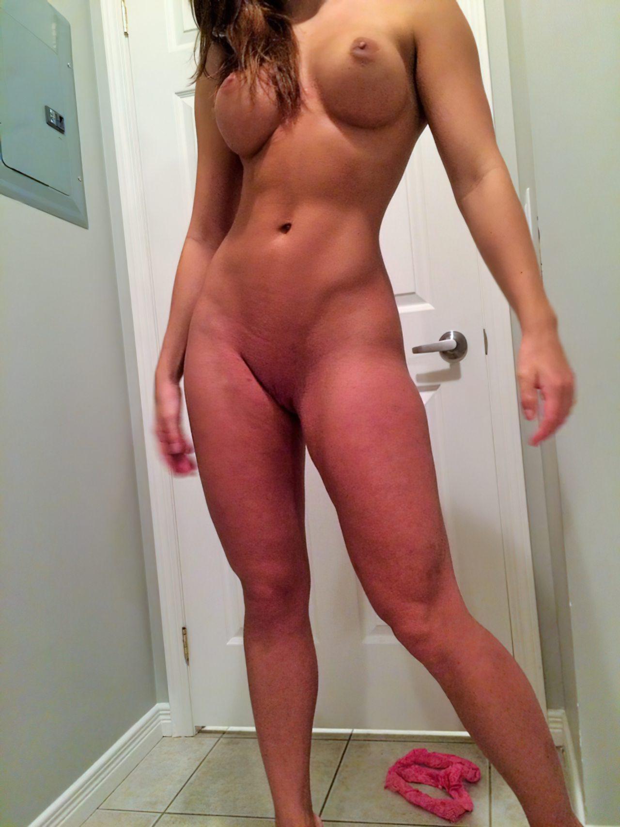 Gaja Boa Striptease (16)