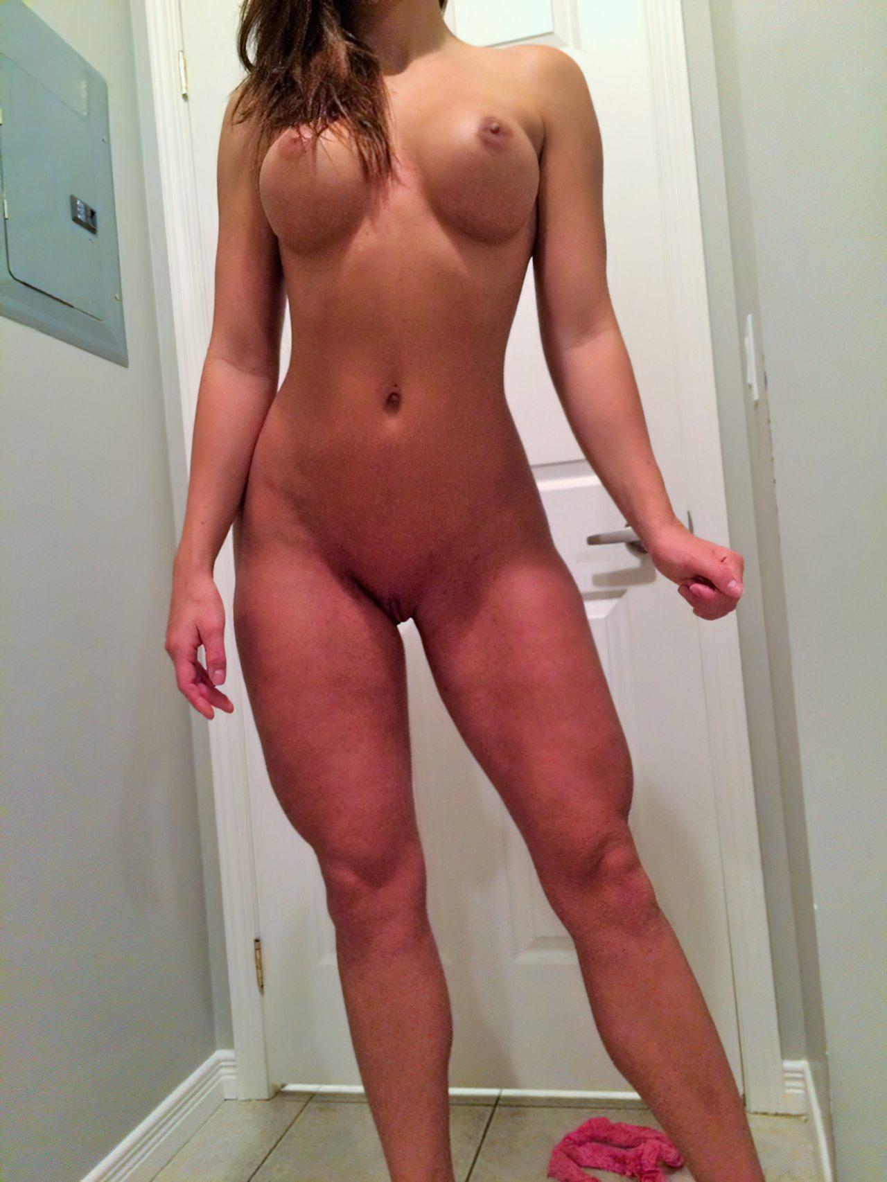 Gaja Boa Striptease (17)