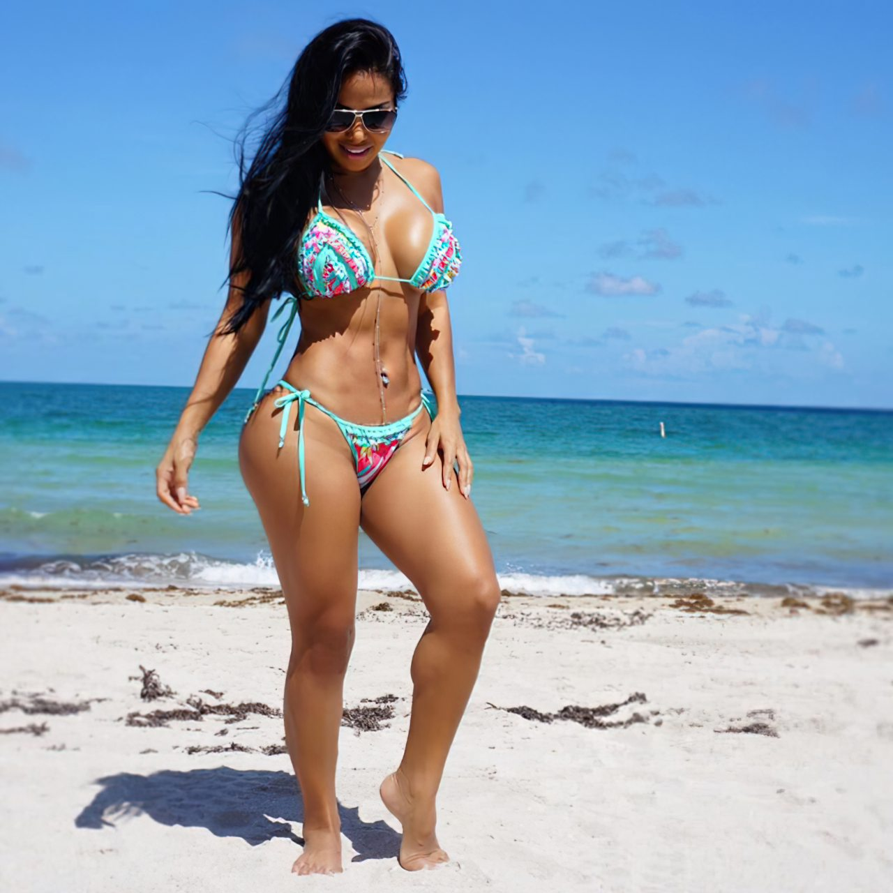 Dolly Castro (6)