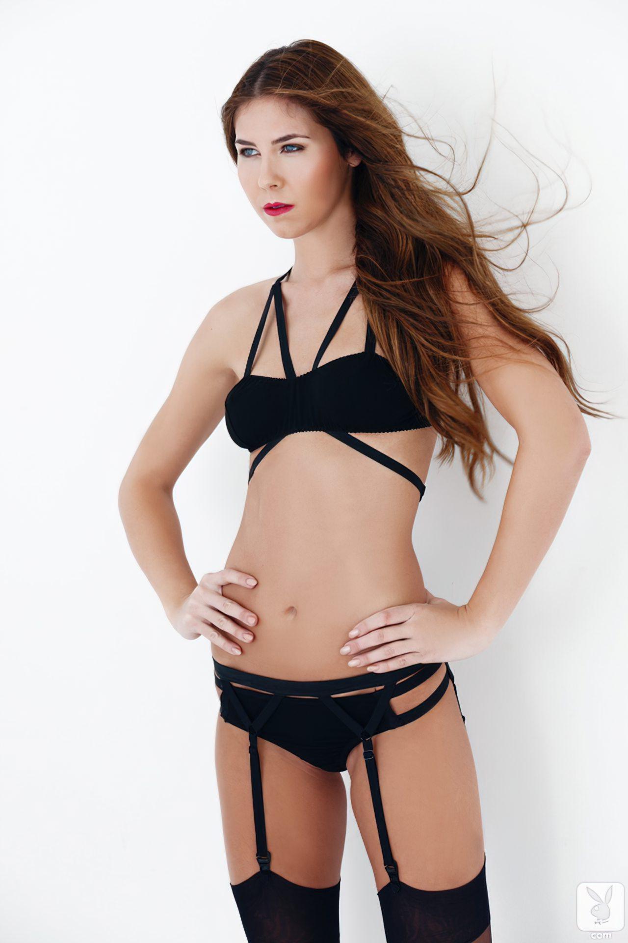 Kelsey Ann (31)