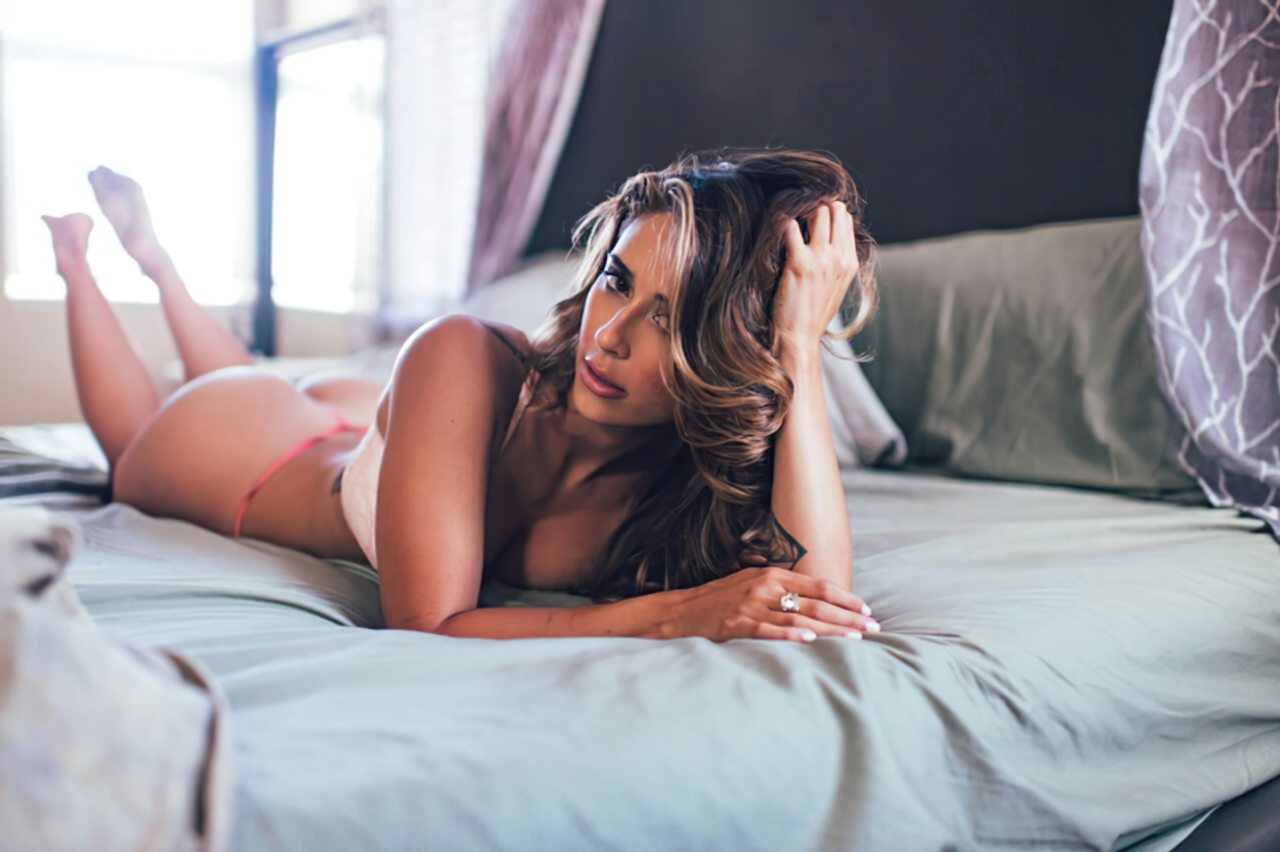 Tianna Gregory (7)