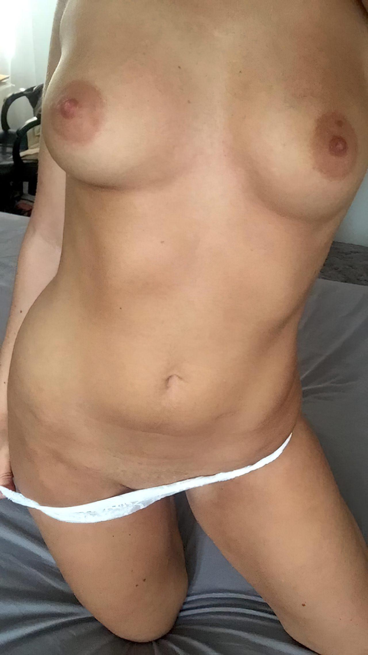 Amadora Sexy Despindo Lingerie (13)