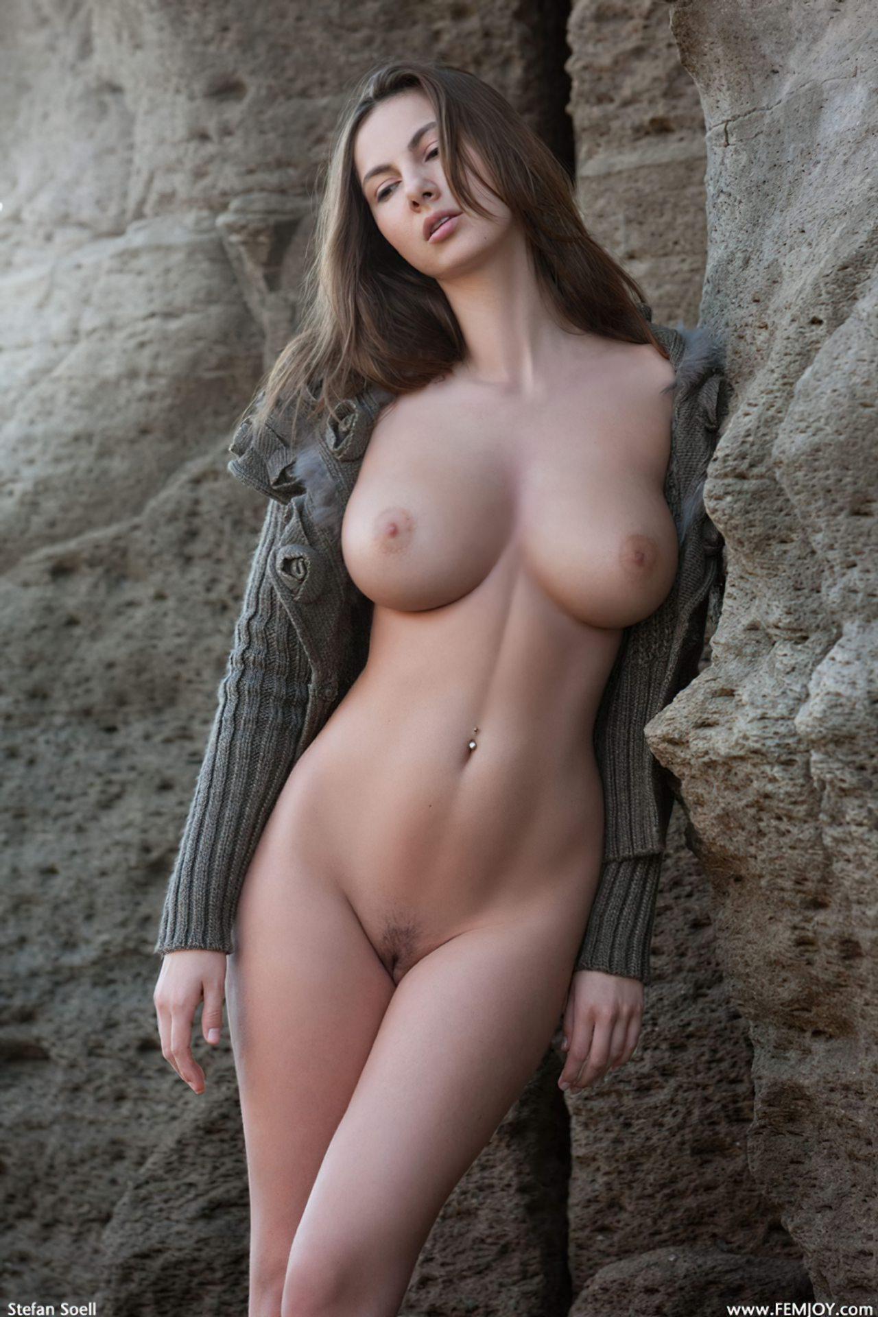 Connie Carter Nua (25)
