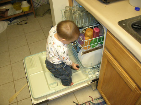 Lego helping with dishes