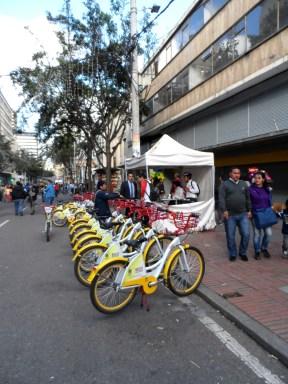 Bicicletas públicas en manifestación contra destitución de Gustavo Petro