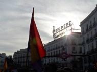 El famoso aviso de Tio Pepe en medio de la Puerta del Sol