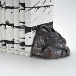 Uec0841 6 Guenther Uecker Guenther Uecker Skulptur Bronze Buch Unalphabetische Zeilen Nobelpreis Bibliothek 2012 Kunstverlag Till Breckner Gunther Uecker Heinz Mack Otto Piene