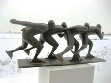 4 Schaatsers - brons - 20x53x18 cm