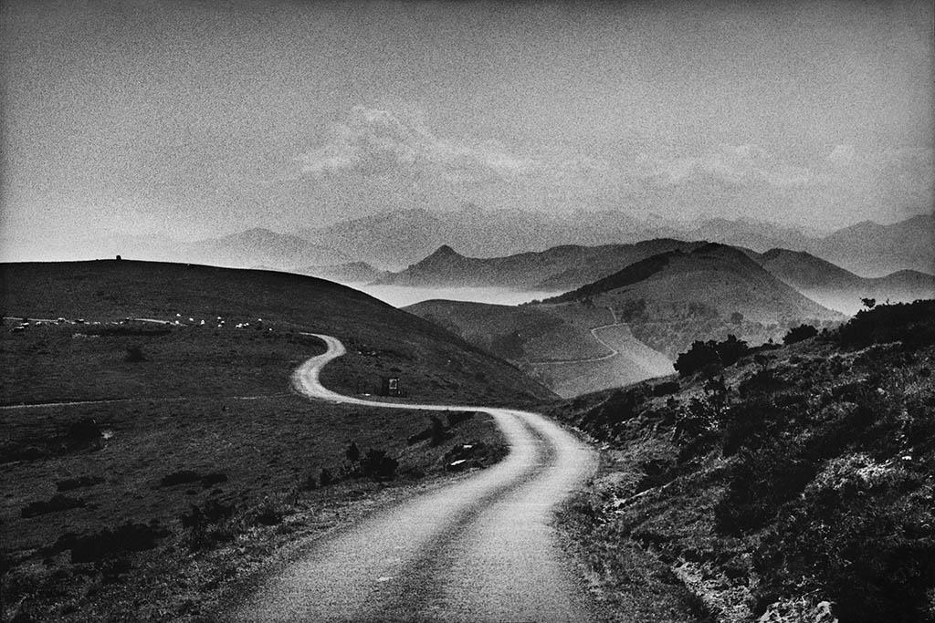 Route Iraty, Pays Basque, 2003 © Gabrielle Duplantier