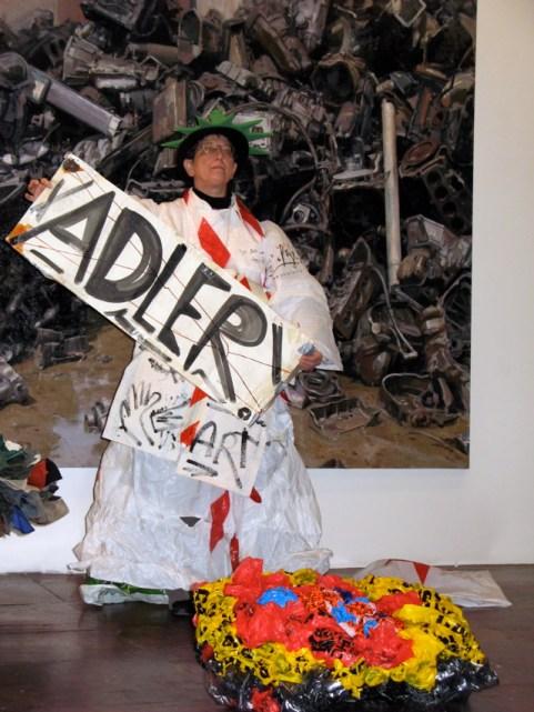 ADLER A.F: > Trash Queen