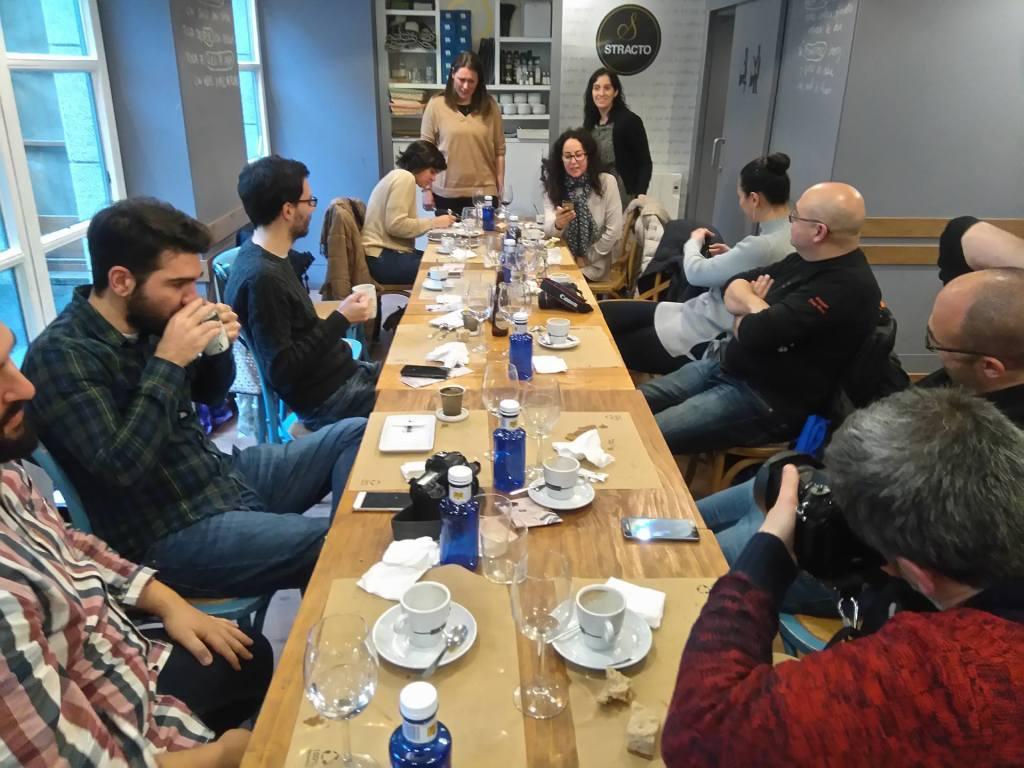 Otro angulo de la mesa blogueril de GaliciaTB