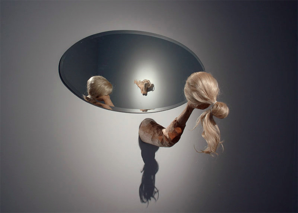 Inka Nieminen: So beautiful but yet so messed up, installation
