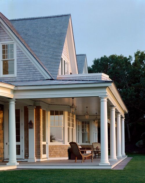 Classic Hamptons house exterior. Friday's Favourites, Gallerie B blog