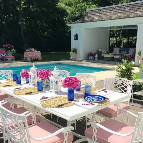 Beautiful outdoor entertaining space. Friday's Favourites.